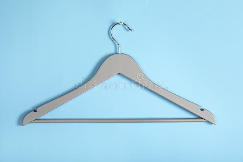 Пустая вешалка одежд Аксессуар шкафа стоковое изображение rf