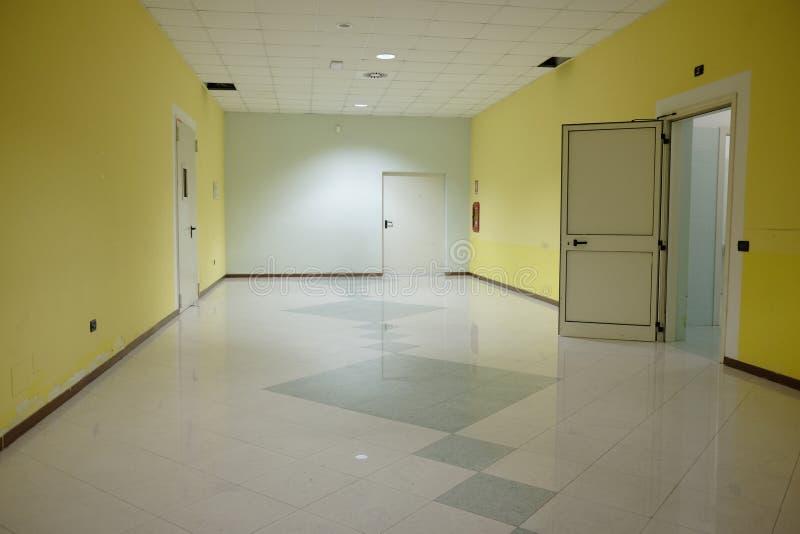 Пустая зала центра конгресса стоковые изображения