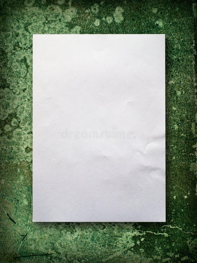 пустая зеленая старая бумажная стена стоковые изображения rf