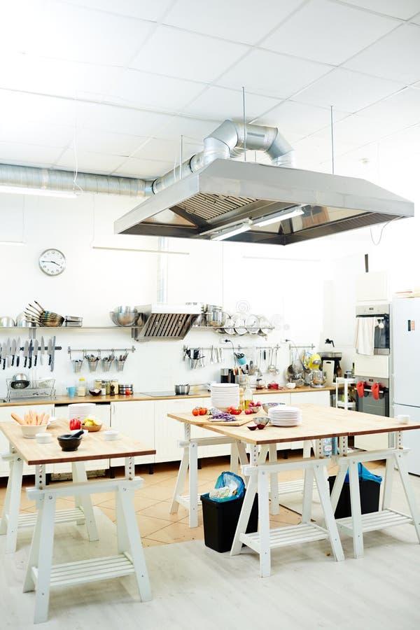 пустая кухня стоковая фотография rf