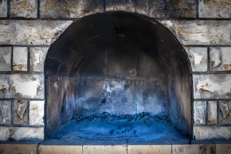 Пустая печь кирпича стоковая фотография