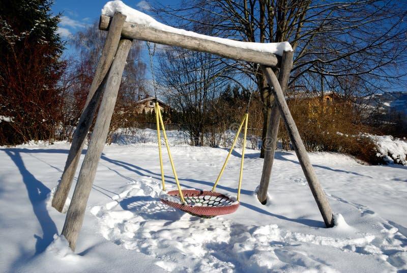 Download пустая спортивная площадка стоковое изображение. изображение насчитывающей бело - 17619461