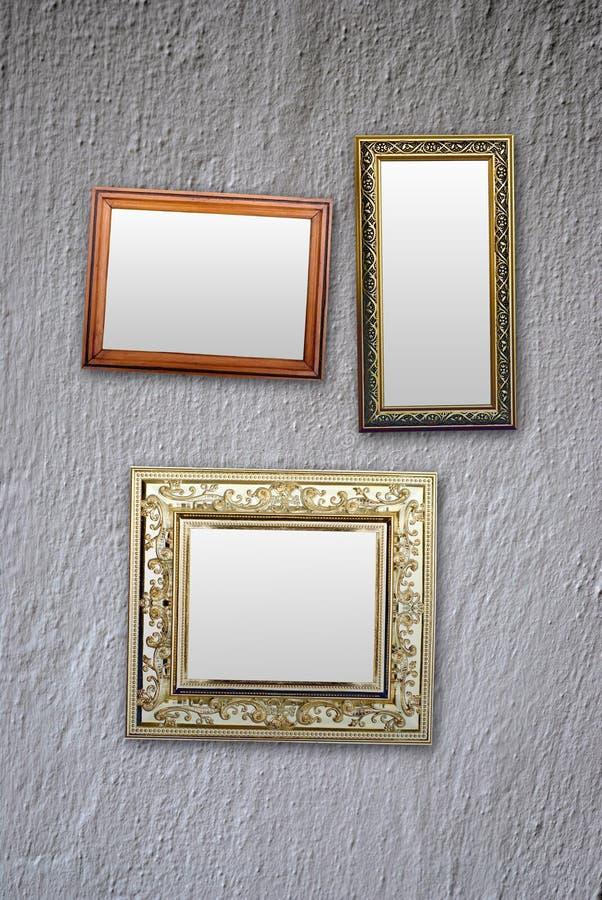 Download пустая стена рамок стоковое фото. изображение насчитывающей фото - 41659614