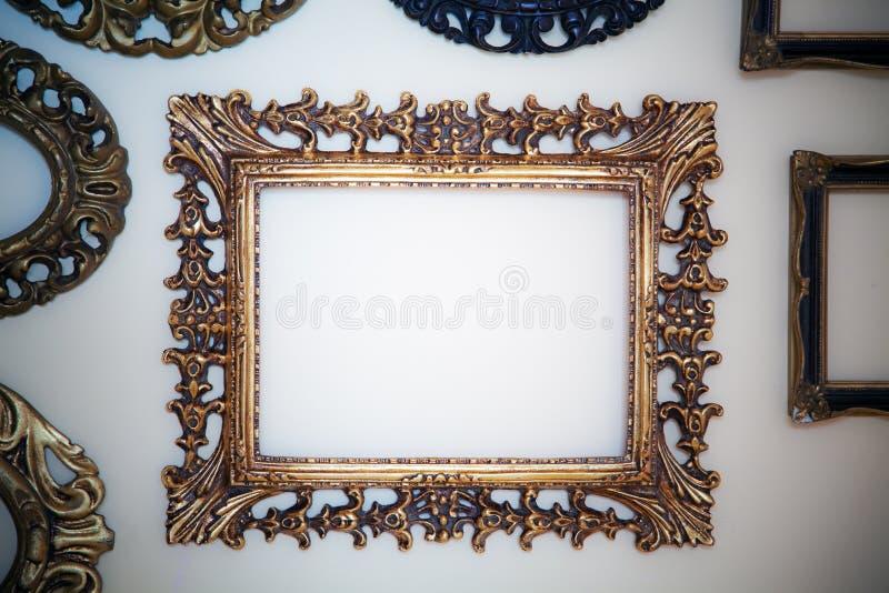 пустая стена рамок стоковая фотография