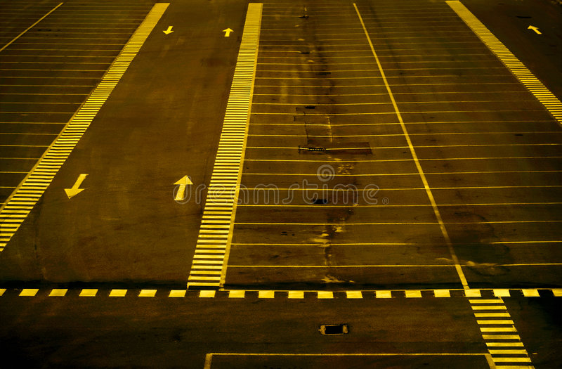 пустая стоянка автомобилей серии стоковые изображения rf