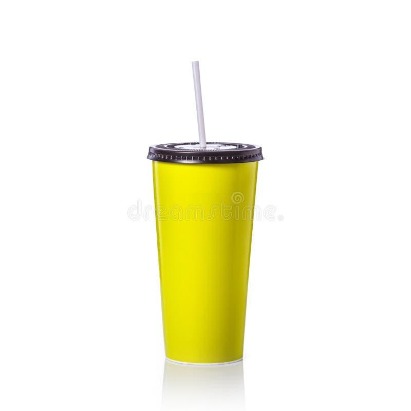 Пустая чашка зеленой книги с соломой для безалкогольного напитка или кофе Studi стоковые фотографии rf
