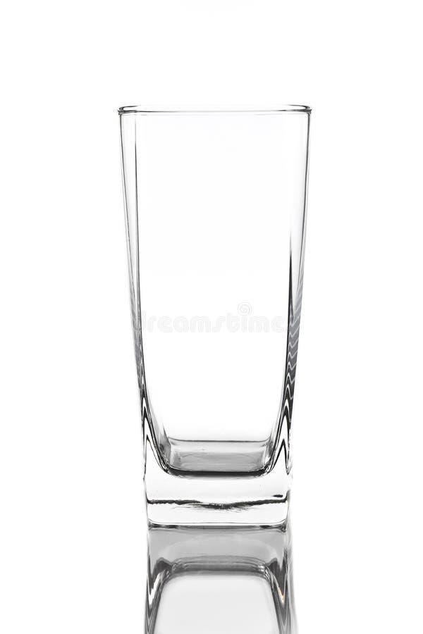 Download Пустое стекло изолированное на белизне Стоковое Фото - изображение насчитывающей шикарно, прозрачно: 37929404