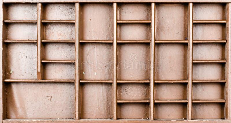 Пустой деревянный коричневый цвет покрасил семя или письма или коробку collectibles стоковое изображение rf