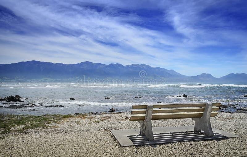 Пустой стенд на набережной стоковое фото rf