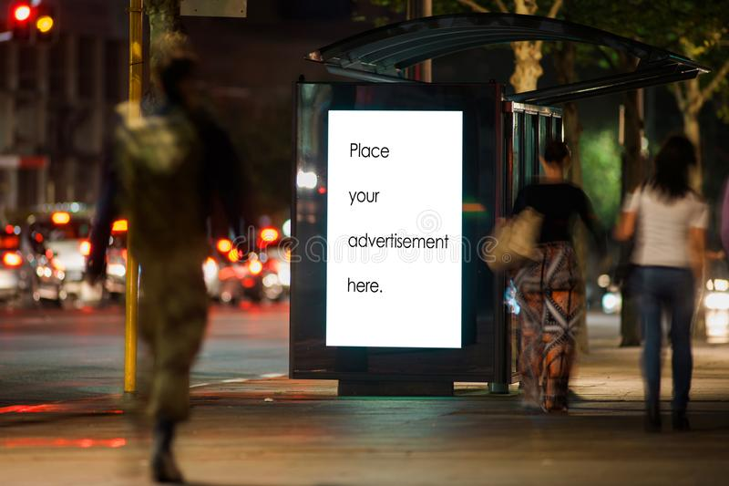 Пустой укрытие для наружной рекламы стоковые изображения rf