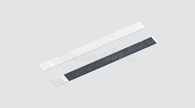 Пустой черно-белый бумажный модель-макет wristband стоковое изображение