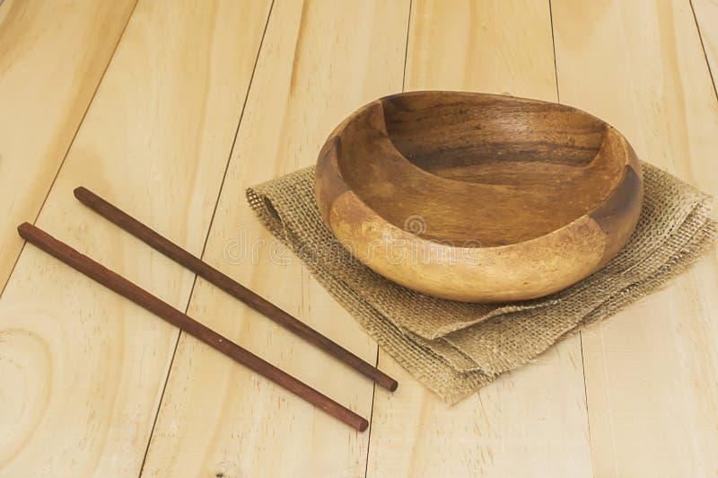 Пустой шар с палочкой на древесине стоковое изображение rf