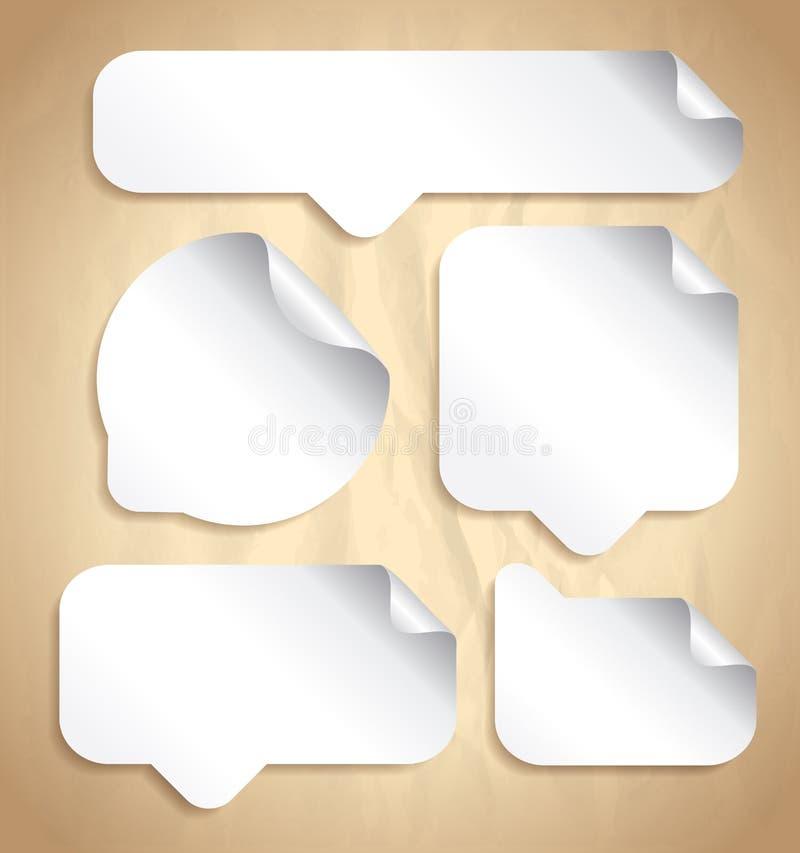Пустые белые стикеры пузыря речи установили против старого фона иллюстрация штока
