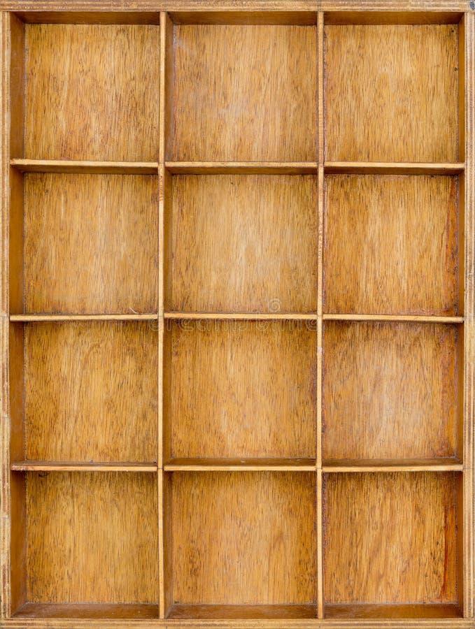 Пустые деревянные коричневые семя или письма или коробка collectibles стоковая фотография
