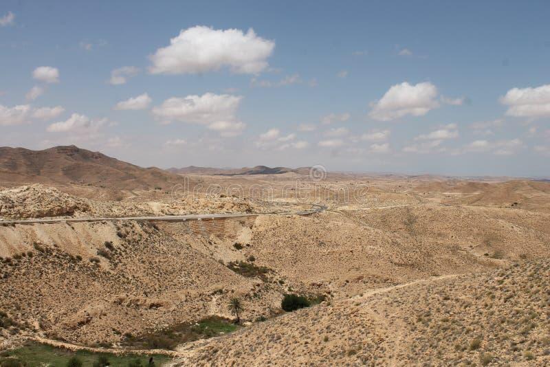 Пустыня Сахары Тунис, Matmata зона Berber в южном Тунисе стоковые фото