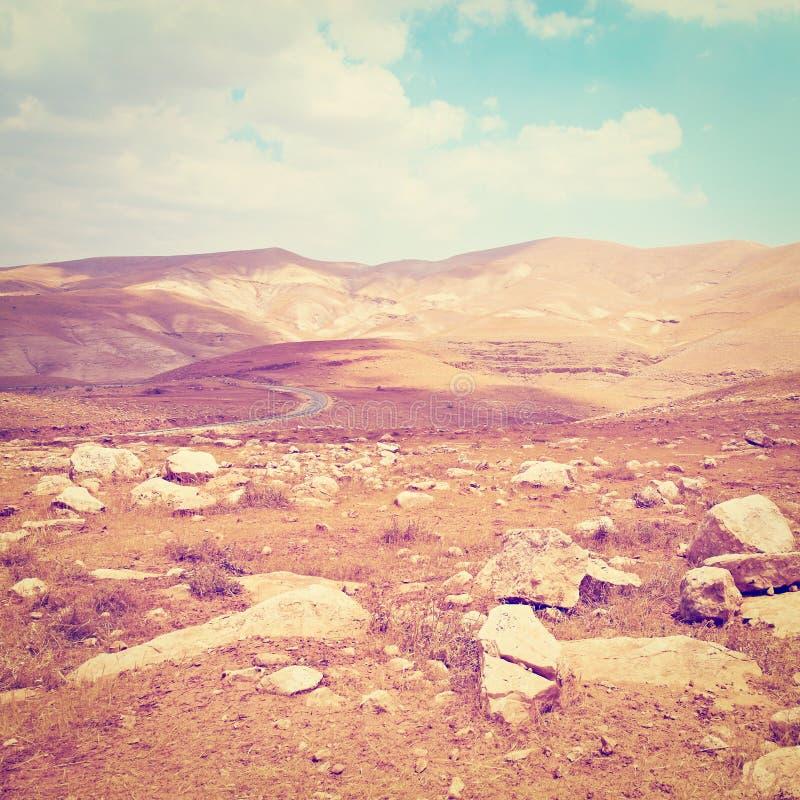 Download пустыня стоковое изображение. изображение насчитывающей утесисто - 41656995