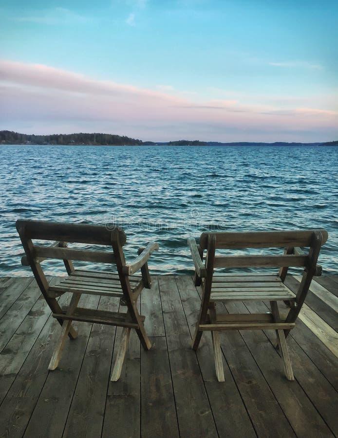 2 пустых стуль стоковое изображение