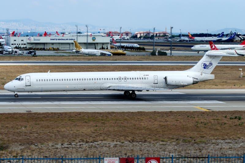Путешествия EP-MDF Iran Air, McDonnell Douglas MD-83 стоковая фотография