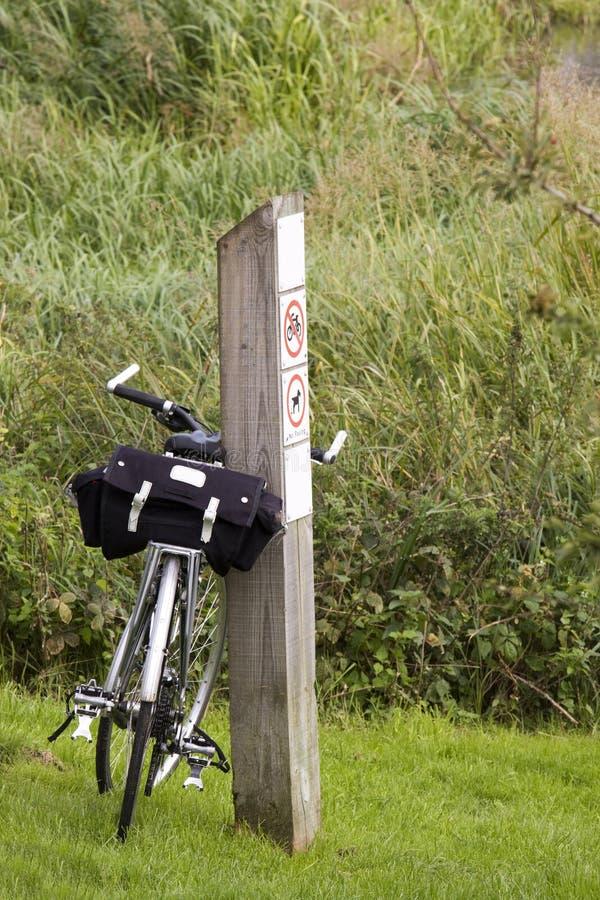 путешествовать велосипеда стоковое изображение rf