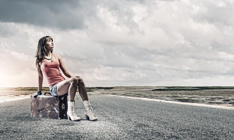 Download Путешествовать Autostop стоковое фото. изображение насчитывающей шлем - 41652474