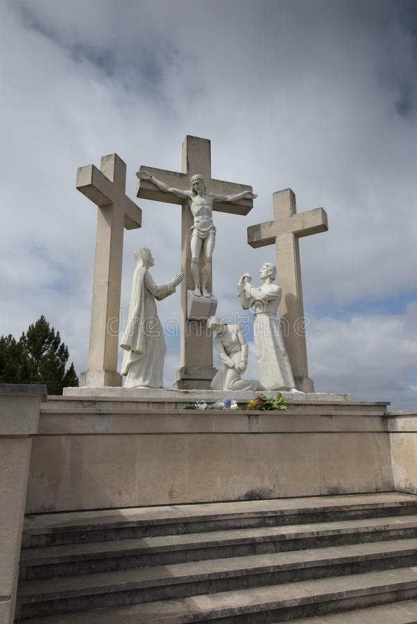 Путь креста на пути от Фатимы к Aljustrel стоковое фото