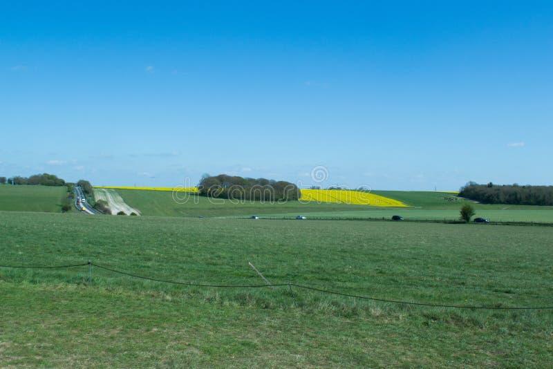 Путь к Стоунхенджу - место всемирного наследия ЮНЕСКО стоковое изображение