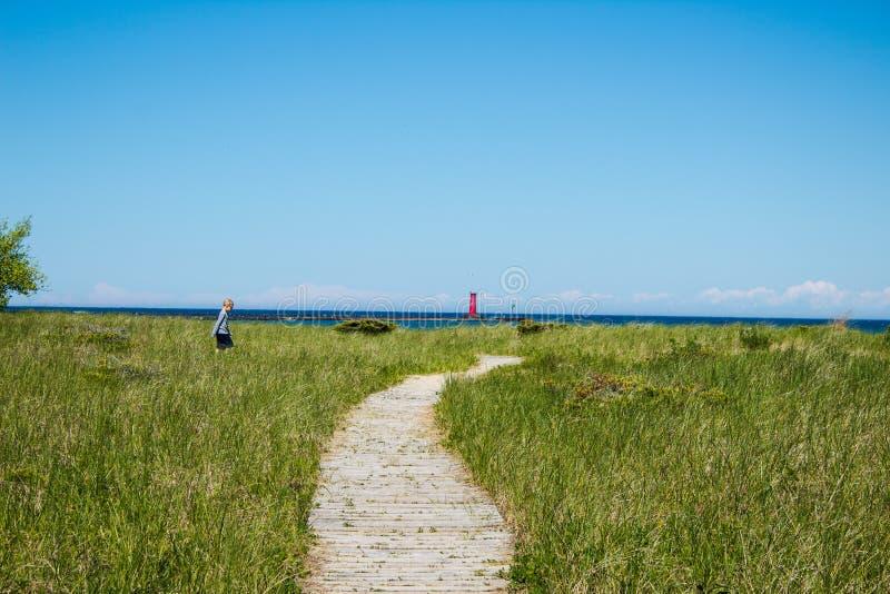 Путь к Lake Michigan стоковые фотографии rf