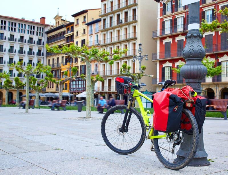 Путь St James квадрата Castillo площади Памплоны стоковая фотография rf