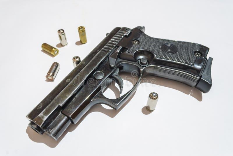 Пушка и пули стоковые фото