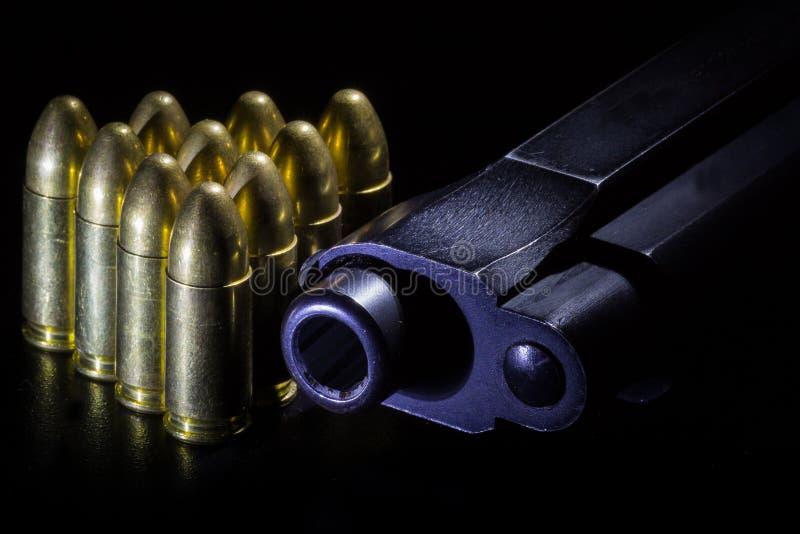 Пушка и пули стоковое фото