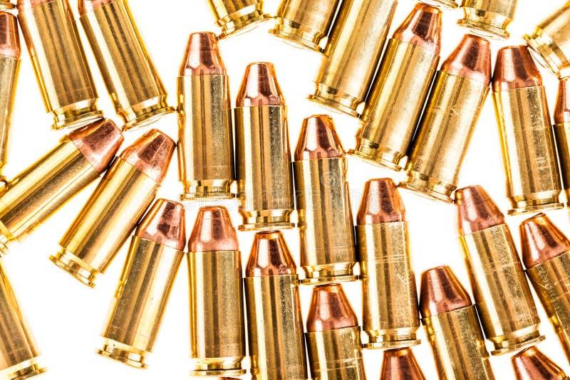 Пули пистолета изолированные на белизне стоковое изображение