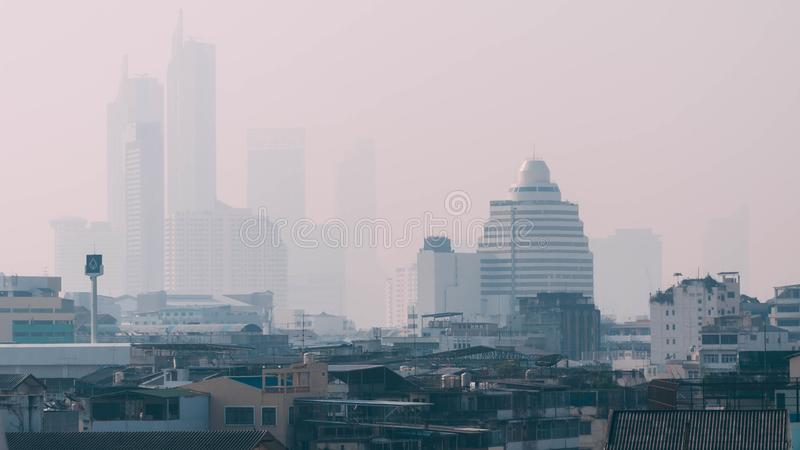 Пыль и PM2 распространение пыли 5 тяжело в Бангкоке во время последнего стоковая фотография rf