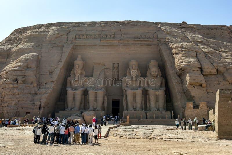 Пышные руины большого виска Rameses II на Abu Simbel в Египте стоковые изображения rf