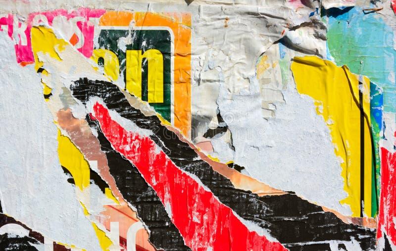 Плакаты сорванные конспектом стоковая фотография rf