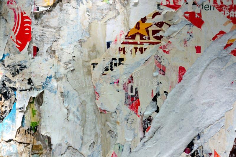 Плакаты сорванные конспектом стоковая фотография