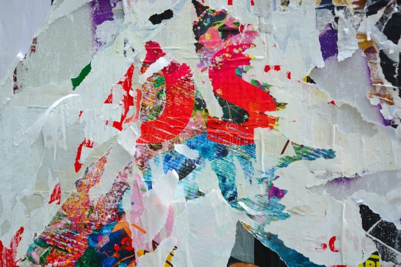Плакаты сорванные конспектом стоковые фото