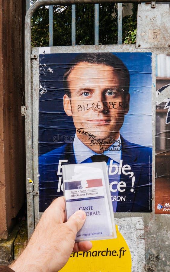 Плакат портрета Emmanuel Macron с ins члена группы Bilderberg стоковые изображения rf