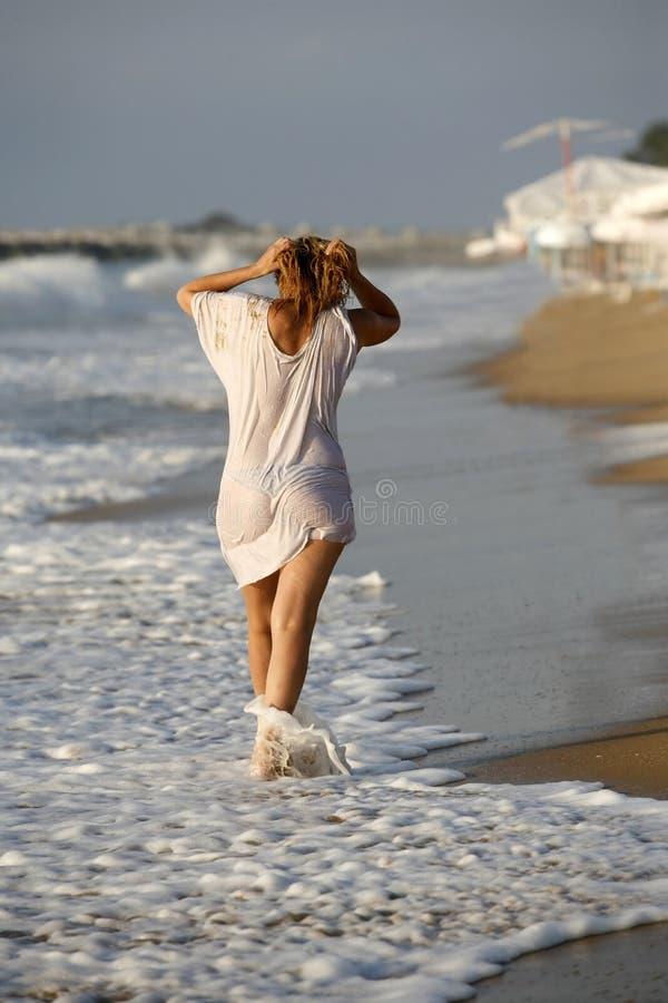 платье влажное стоковое фото