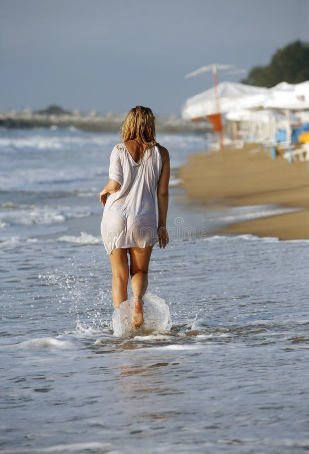 платье влажное стоковое фото rf