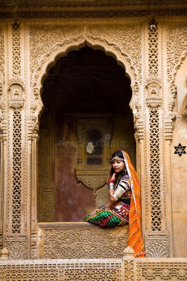 Платье Rajasthani традиционное, Jaisalmer стоковое фото rf