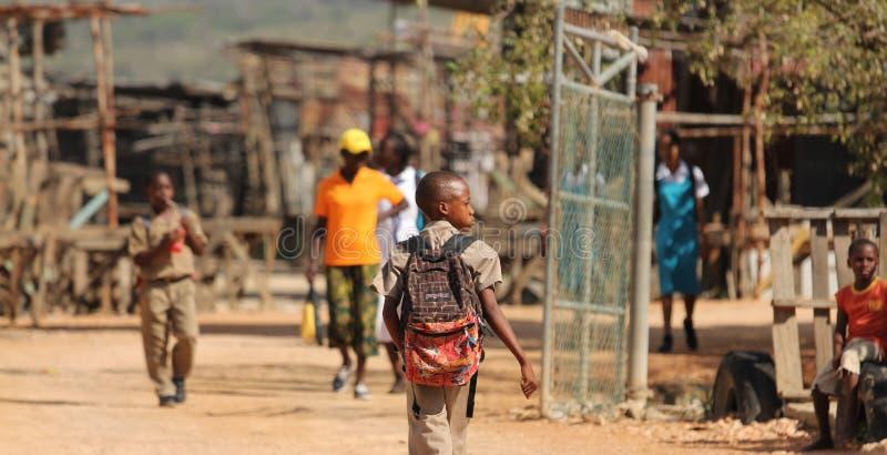 Плохие ребеята школьного возраста стоковая фотография rf