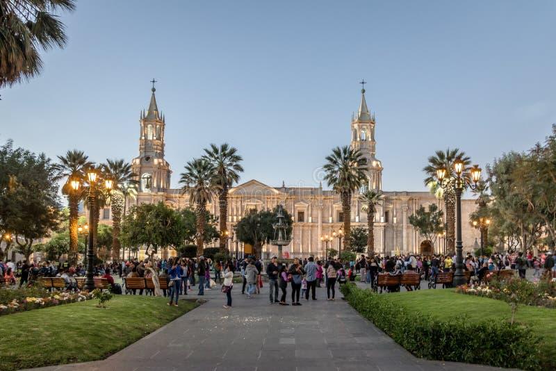 Площадь de Armas и собор - Arequipa, Перу стоковое изображение rf