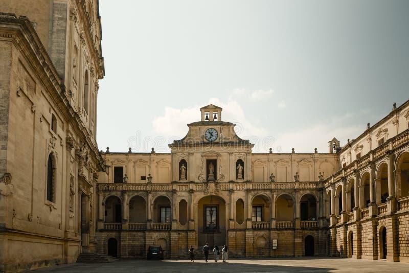 Площадь Duomo в Lecce стоковые изображения