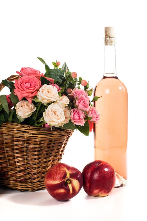 Плодоовощи, вино и цветки стоковое изображение