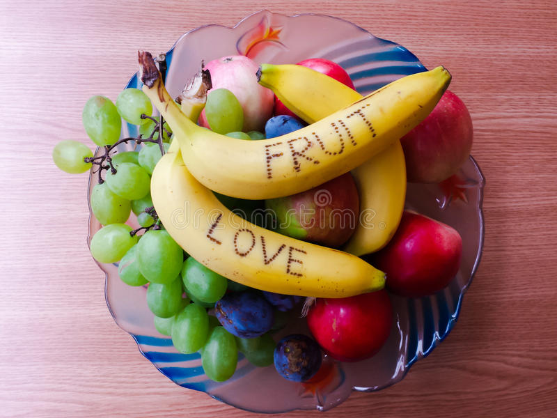 Плодоовощи в шаре стоковые изображения rf