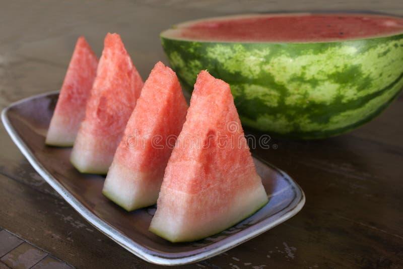 Download Плодоовощ арбуза стоковое фото. изображение насчитывающей листья - 33727430