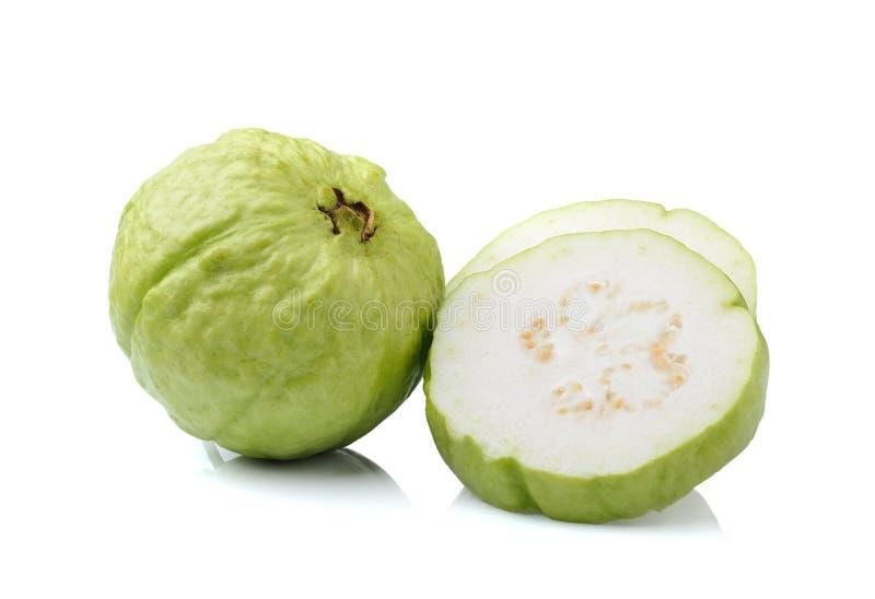 Плодоовощ Guava изолированный на белой предпосылке стоковое фото