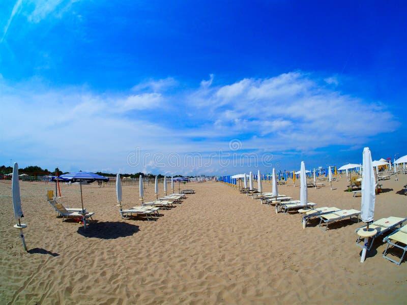 Пляжный комплекс эмилия-Романьи стоковая фотография rf