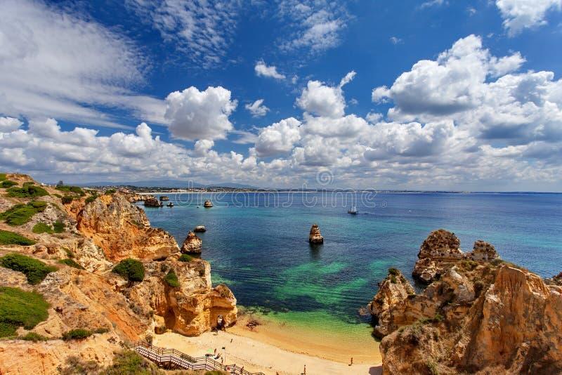 Пляж Атлантического океана - Camilo, Лагос Алгарве Португалия стоковые изображения