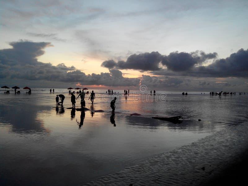 Пляж Бангладеш c океана CoxBazaar стоковая фотография